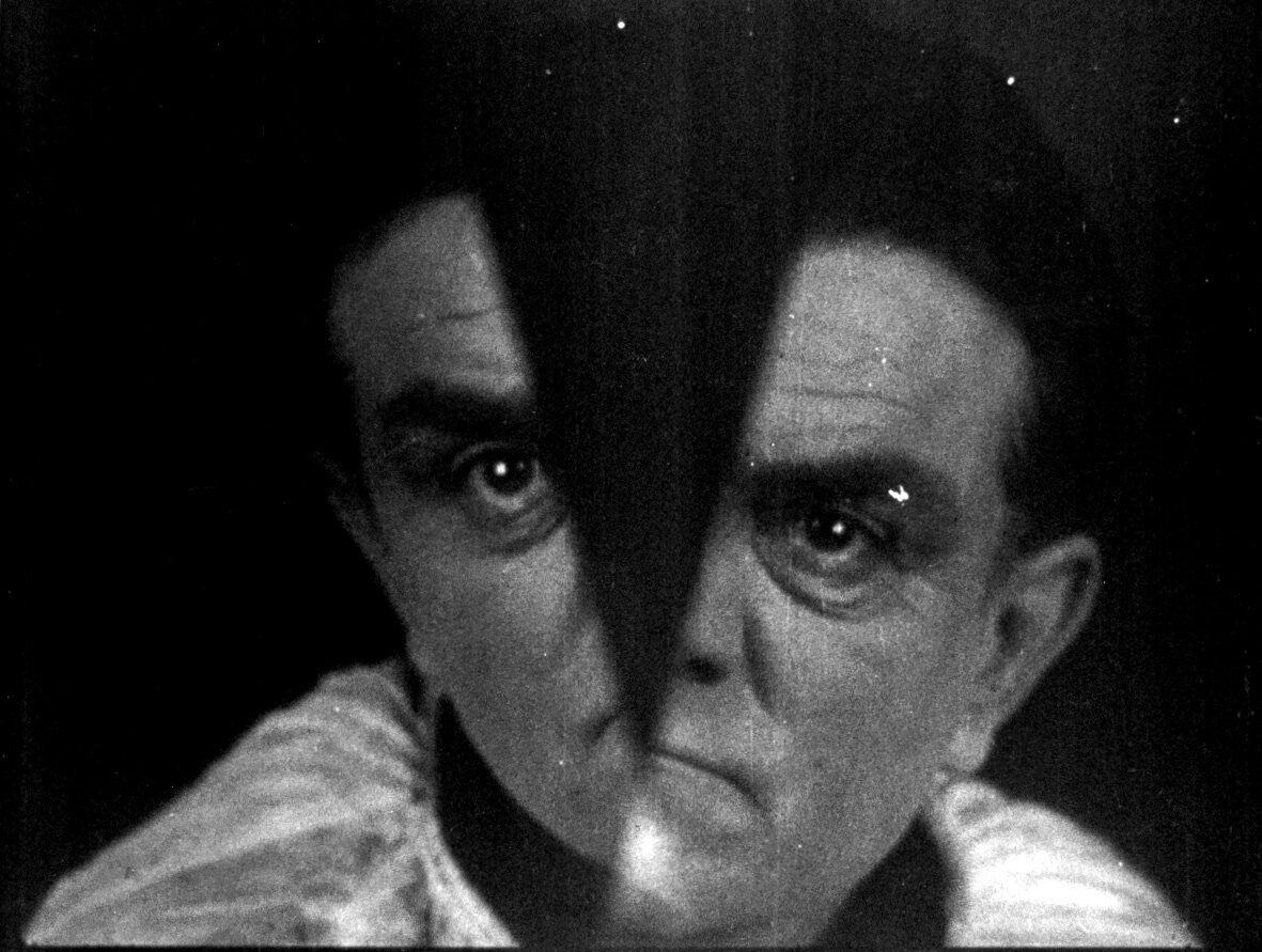 still from Coquille et le clergyman (Germaine Dulac, FR 1928)