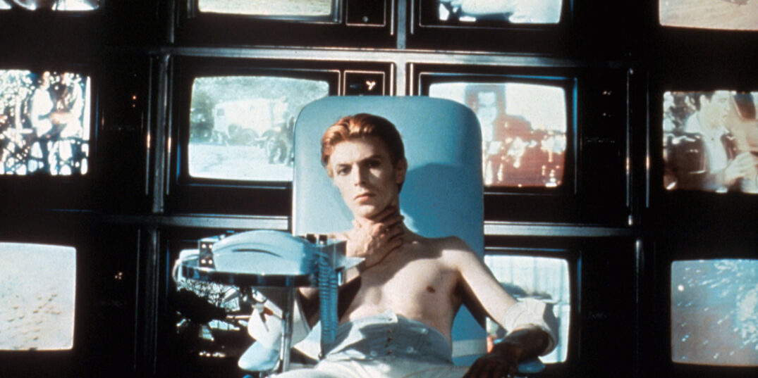 still from The Man Who Fell to Earth (Nicolas Roeg, GB 1976)